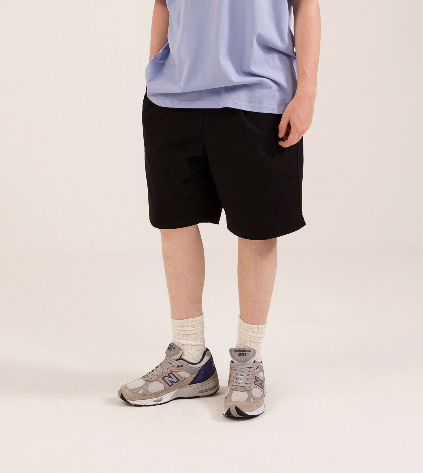 TUCK CHINO SHORTS BLACK